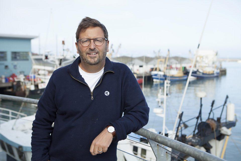 Portrait next to the harbour
